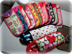 Para guardar ... (Joana Joaninha) Tags: case creme kit bolsa óculos xadrez escovadedente guardar organizar póa joanajoaninha hellennilce
