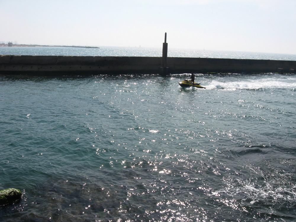 19-03-2011-sea2