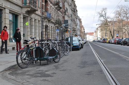 Fahrradbügel vor dem ADFC-Laden in Dresden