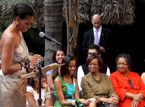 Primeira-dama encontra-se com jovens brasileiros / U.S. First Lady meets Brazilian Youth by Embaixada dos EUA - Brasil