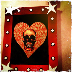 2011 YIP Day 80 (Glockoma) Tags: skull heart day80 abuelitas 2011yip