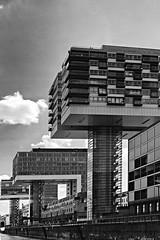 Crane Houses in Cologne/ Kraanhuizen in Keulen (jo.misere) Tags: keulen cologne germaby duitsland bw zw sw rijn rhein