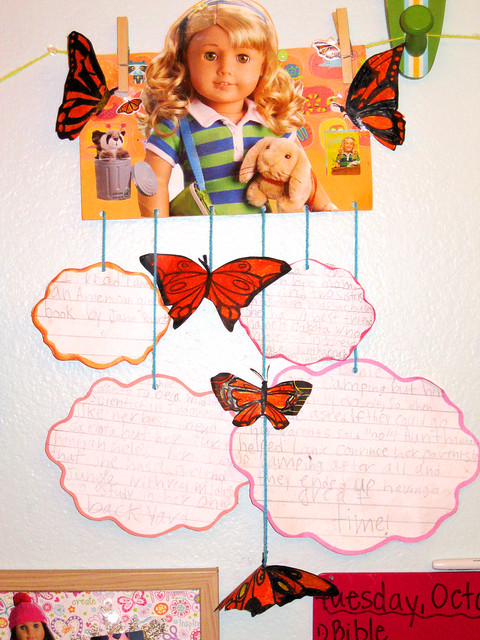 How to make a hanging mobile book report