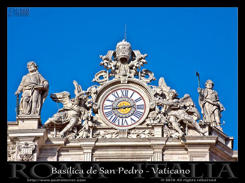 Roma - Basílica de San Pedro - Reloj