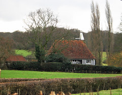 Ebony Cottage and Oast (Louise and Colin) Tags: old trees england english heritage history beautiful rural woodland kent pretty poplar farm cottage farmland fields lovely ebony marshland agricultural halftimbered hops hedges tenterden traditionalarchitecture weald romneymarsh oasthouse vernaculararchitecture cowl wealden redtiledroof hopgrowing