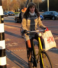 Showing some leg... (Pays-Bas Cycle Chic) Tags: winter holland bike scheveningen nederland thenetherlands denhaag cycle girlpower chic granny paysbas thehague fiets omafiets streetstyle cyclechic peopleonbikes paysbascyclechic cyclechicladies dutchcyclechic urbangirlpower