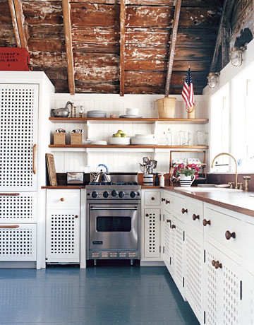 Beach kitchen with painted floors: Benjamin Moore 'Deep Ocean'