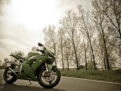 R4 (StriciKanegér) Tags: 2005 2003 green 2004 st out mod ninja quality samsung 2006 burn 600 stc 500 custom kawasaki exhaust paintjob zx footage zx6r 636 zx636 leovince monsterslip procejct