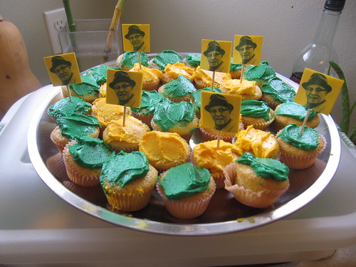 Super Bowl Packer Cupcakes