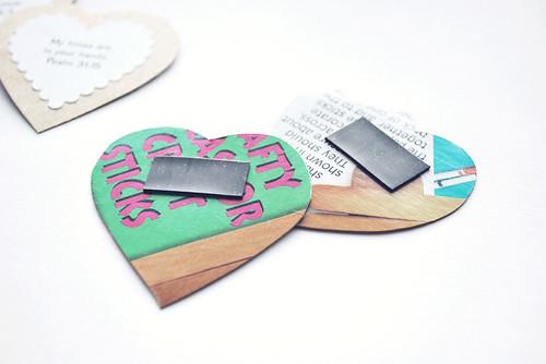 verse magnets back