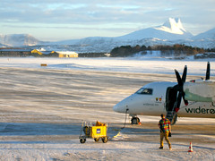 Bodø airport (Martin Deutsch) Tags: norway boo bodø dhc8 widerøe bodøairport aero:airport=enbo aero:airline=wif aero:tail=lnwif