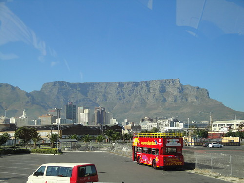 Table Mountain and the CapeTown Hop On Hop Off Bus