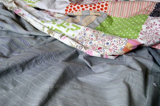 Quilt + grey bedding
