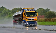 Volvo FH-D.R.MACLEOD Stornoway Isle of Lewis Scotland (scotrailm) Tags: trucks tankers lorries macleod