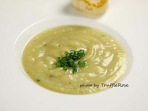 Vichyssoise (馬鈴薯冷湯)-110225
