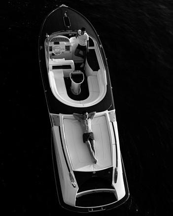 03_gucciboat_jp170111