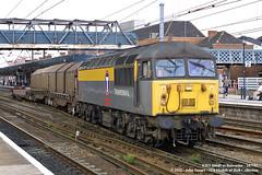 18/07/2002 - Doncaster. (53A Models) Tags: dutch train diesel railway doncaster southyorkshire freighttrain ews class56 transrail 56049