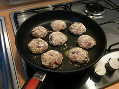 Spicy almond beef burgers 2