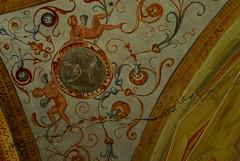 Decorazione, Castello del Catajo (Michi (Friuli)) Tags: muro photo italia foto mura turismo castello antico interessante lampione vecchio decorazione storico scultura fortezza veneto soffitto pittura dipinto postazione vedetta battagliaterme catajo