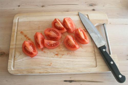 18 - Tomaten vierteln