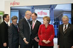 007_CeBIT_Fujitsu_Blog_Merkel_-20110301-100652 (Fujitsu_DE) Tags: cebit halle2 erstertag cebit2011 cebit11
