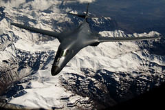 [Free Image] Vehicle, Aircraft, Bomber, B-1 Lancer, United States Air Force, 201103052300