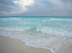 Cancun ,  Cielo-mar-arena (Cristina Bruseghini de Di Maggio) Tags: sol mexico mar agua nikon holidays cristina arena cancun olas vacaciones caribe cota dimaggio bruseghini macrisbruse