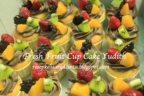 Fresh fruit cupcake Yudith