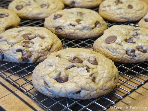 Nigella's Big Milk Chocolate Chip Cookies - the Less Fuss version