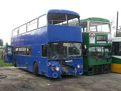 AVK183V & THX103S (MCW1987) Tags: barnsley bus scrap yard dismantlers wigley mcw metrobus mk1 m3 thx103s leyalnd atlantean grayscroft twpte tyne wear london transport avk183v