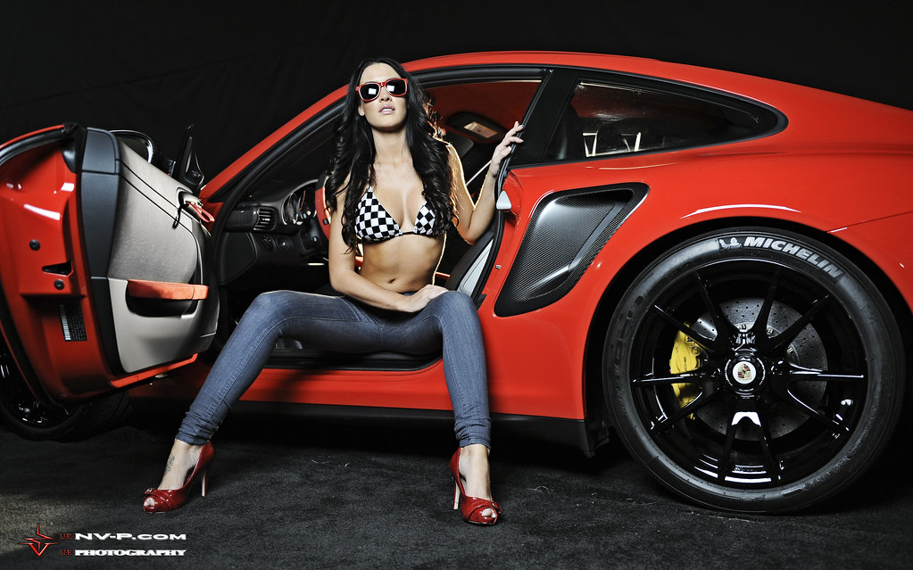 More Of The Girl In The Porsche Gt2rs Right Foot Down