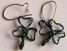 IC11 - Shamrock Earrings