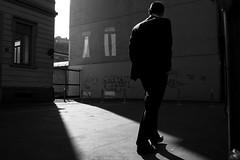 (Donato Buccella / sibemolle) Tags: street blackandwhite bw italy milan milano streetphotography wagner ruffini scuolapubblica mg3438 sibemolle viarasori istitutocomprensivogiovannipascoli