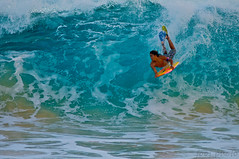 Bodyboarder (j . f o o j) Tags: hawaii nikon oahu eastside f28 sandys bodyboarding 80200mm shorebreak d300 bodyboarder project365 project365033111 sandybeachshorebreak foojphoto jfooj