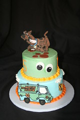 "Scooby doo cake • <a style=""font-size:0.8em;"" href=""http://www.flickr.com/photos/60584691@N02/5586307660/"" target=""_blank"">View on Flickr</a>"
