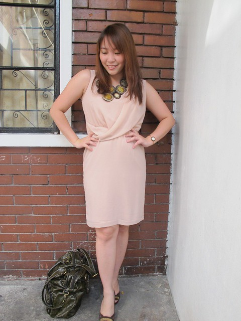 Blush dress with bib (5)