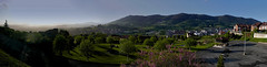 Solo es luz y norte V (pp diaz) Tags: espaa color luz atardecer asturias paisaje puestadesol oviedo ocaso norte montaas montes montenaranco