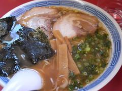 譲「しょうゆラーメン(中)」(480円)