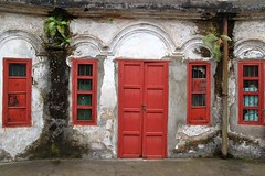 . (Ian Riley [on the right side of the fence]) Tags: china park old windows red asia doors fort peoples nanning guangxi