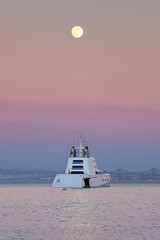 Motor Yacht A (fksr) Tags: california sunset ship yacht fullmoon moonrise sanfranciscobay russian sausalito andreymelnichenko motoryachta