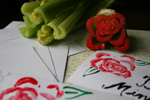 Roses Mothers Day Card made with celery - how fun - Mothers Day activities for kids {Weekend Links} from HowToHomeschoolMyChild.com