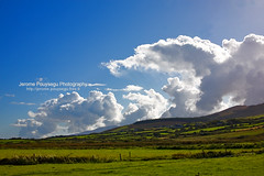 Highest skies (Jerome Pouysegu) Tags: voyage trip travel blue ireland wallpaper vacation portrait sky irish cloud france green art beach nature grass clouds canon landscape eos 50mm vacances photo seaside europe sigma bleu ciel land 5d toulouse nuage nuages paysage irlande lande irlandaise natureplus francelandscapes pouysegu
