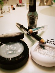 glitter time ! (NeverGrowingUp) Tags: make up sparkles glitter makeup 365 eyeshadow eyeliner kesha sparkels keha