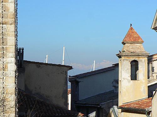 montagne, mas et port.jpg