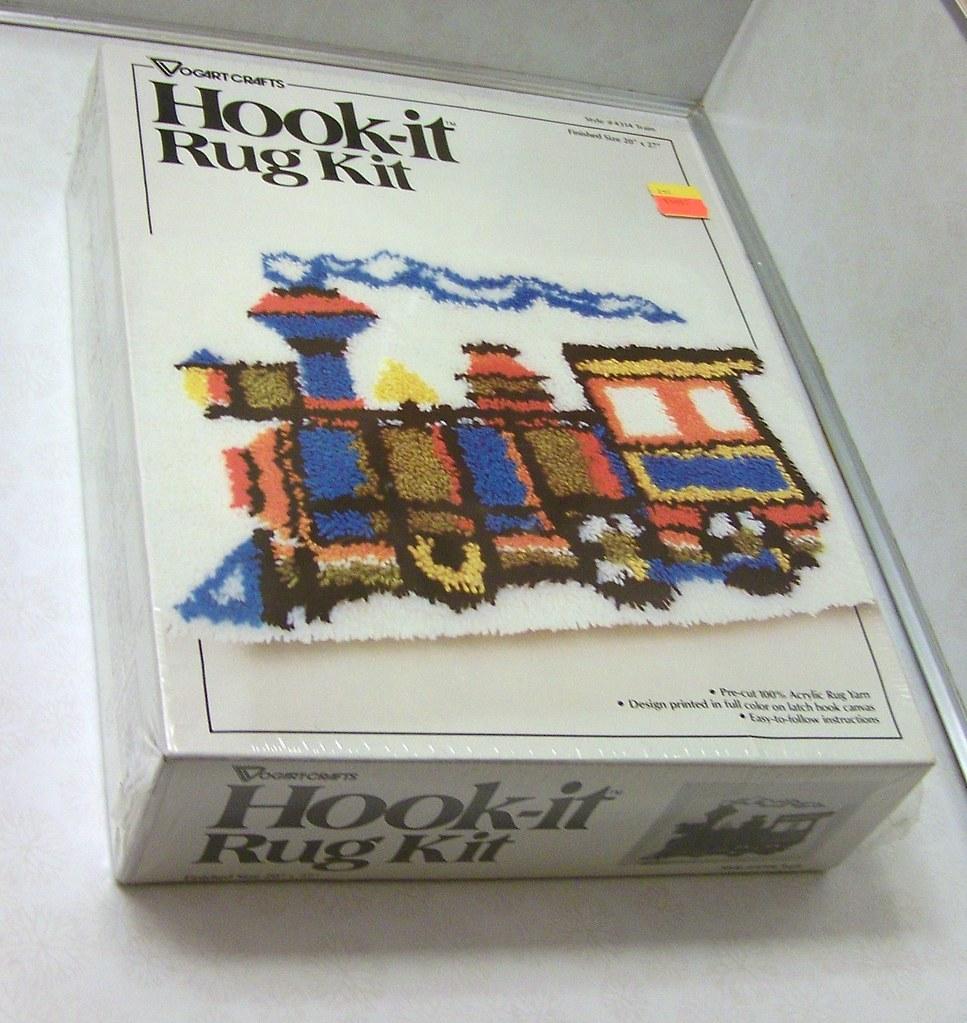 SEALED Vogart Crafts Hook-it Rug Kit Train