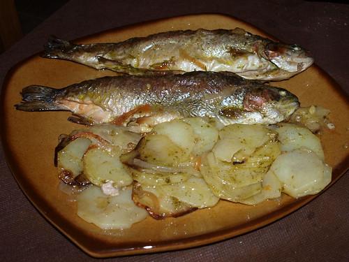 Cena en Las Salegas - Trucha del Río Mundo con jamón