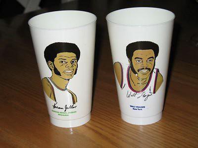 1973-slurpee-7-11-basketball-cup-walt-frazier-knicks_120650504081