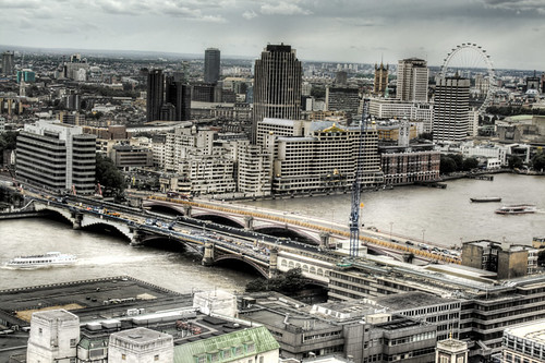 Bridges viewed from St Paul's Cathedral. London. Puentes vistos desde la catedral de San Pablo. Londres