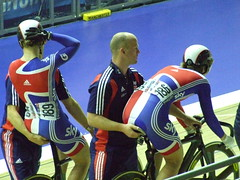 Jess Varnish and Rebecca James (murky) Tags: manchester velodrome nationalcyclingcentre rebeccajames uciworldcupclassics jessicavarnish