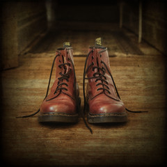 Dr Martens (sisyphus007) Tags: uk stilllife shoes boots textures hdr docs laces drmartens airwair docmartens photomatix nikond200 saariysqualitypictures